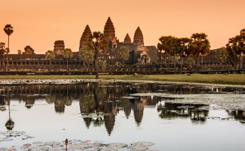 Angkor Wat temple in Siem Reap, Cambodia - photo by quiquefepe