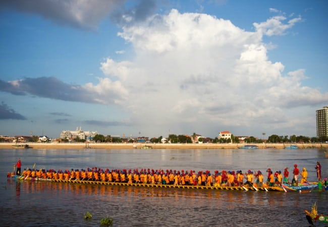 The Cambodian Water Festival (Bon Om Touk) - photo by Photasia
